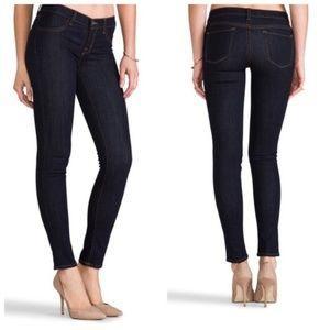 J Brand 620 Super Skinny Jeans in Starless Wash